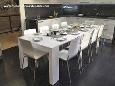 Mesa consola extensible en color blanco, se adapta al tamaño que necesites, desde 40 cm hasta 3 metros de largo Home Decor Accessories, Decorative Accessories, Dining Table, Room, House, Furniture, Houses, Consoles, White Colors