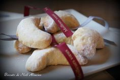 Biscuits de Noël alsacien Christmas Cookies Gift, Great Recipes, Favorite Recipes, Desserts With Biscuits, Sweet Corner, Cooking Chef, Biscuit Cookies, Cookie Recipes, Bakery