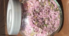 Rotweinsalz mit Kräutern, ein Rezept der Kategorie Grundrezepte. Mehr Thermomix ® Rezepte auf www.rezeptwelt.de