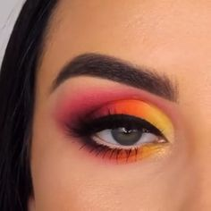 summer colorful eye makeup tutorial - summer colorful eye makeup tutorial Smokey Eye Cosmetics Guideline Stage Decide on the eyeshadow colours. Makeup Eye Looks, Eye Makeup Steps, Eye Makeup Art, Smokey Eye Makeup, Makeup Eyeshadow, Halloween Makeup Looks, Eyeshadow Makeup Tutorial, Makeup Tutorial Videos, Egyptian Eye Makeup