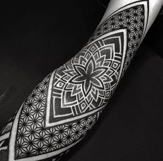 Hello every one my name is Kumresh kumar or aaj jo main post share karne ja rha hu is post me 50 maori tattoo image hain jo aapko kafi pasa. Unique Tattoos, New Tattoos, Hand Tattoos, Sleeve Tattoos, Tattoos For Guys, Cool Tattoos, Tattoo Ink, Black Tattoos, Tribal Tattoos