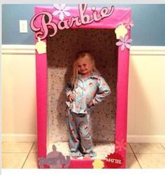 Girls bday party photo booth! LOVE this! ~PW~