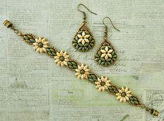 Linda's Crafty Inspirations: Bracelet of the Day: Daisy Duo Bracelet - Ivory & Turquoise