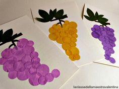 La classe della maestra Valentina: TANTI GRAPPOLI D'UVA Autumn Crafts, Autumn Art, Nature Crafts, Decor Crafts, Fall Art Projects, School Art Projects, Projects To Try, Toddler Crafts, Diy And Crafts