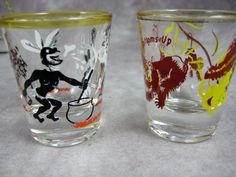 Set of 2 Vintage Shot Glasses - Jungle scenes - Cannibals and Monkeys - Federal Glass Barware
