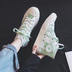 Girls Canvas Shoes Students Casual Shoes tie-dye Summer Autumn Now High Up Lacing green Sneakers Women Lady Trainers Good Quality   Парусиновые кеды для студентов для девочек; Повседневная обувь сезон лето-осень синие кроссовки на шнуровке женские кроссовки хорошее качество голубые синие тай-дай Girls Sneakers, White Sneakers, Tie Shoes, Famous Brands, Chuck Taylor Sneakers, Casual Shoes, High Tops, Trainers, Tie Dye