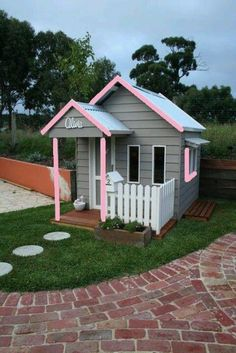 Grey and pink Cute cubby house #cubbyhouse #playhouseoutdoors