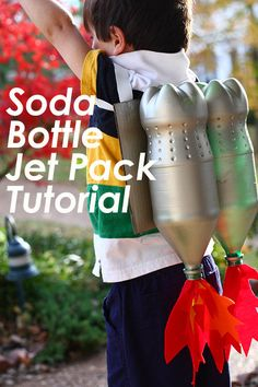 Soda Bottle Jet Pack Tutorial from The Mom Creative - Kiddos at Home Projects For Kids, Diy For Kids, Cool Kids, Crafts For Kids, Preschool Crafts, Diy Astronaut Costume, Soda Bottles, Plastic Bottles, Soda Bottle Crafts