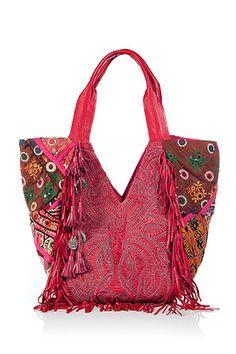 Boho Bag ~ love it Hippie Bags, Boho Bags, Ethnic Bag, Carpet Bag, Boho Accessories, Fabric Bags, Mode Inspiration, Beautiful Bags, Handmade Bags