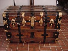 Ladycomet Refinished Monitor Flat Top Steamer Trunk Antique Chest,Straps,Ky,Tray