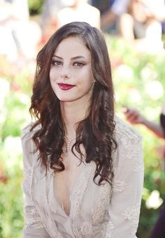 Kaya Scodelario in Stylish Cre. is listed (or ranked) 4 on the list The Most Stunning Photos of Kaya Scodelario Kaya Scodelario, Chuck Bass, Gossip Girl, Pretty People, Beautiful People, Beautiful Pictures, Beautiful Women, Beauty And Fashion, Female Actresses