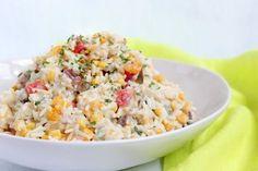 Reissalat ist eine prima Grillbeilage, passt aber auch wunderbar auf ein Party – Buffet. Er schmeckt herrlich frisch und ist eins unserer Salat – Lieblingsrezepte. …