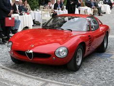 Risultato della ricerca immagini di Google per http://www.ultimatecarpage.com/images/large/2407/Alfa-Romeo-Canguro_4.jpg