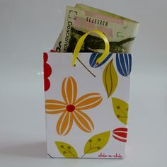 DIY template gift bag