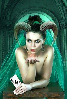 Gotycki, Fantasy, Kobieta