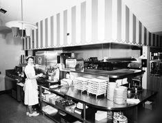Carnival Restaurant, 1954