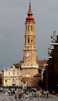 #spaintravelplaces:    Torre de la Seo - Catedral del Salvador de Zaragoza (1704)