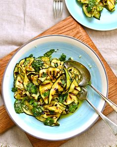 Courgette Salad with Lemon & Basil. Char-grilled courgette salad with lemon and basil. Gluten Free Vegetarian Recipes, Healthy Salad Recipes, Dairy Free Recipes, Vegetable Recipes, Savoury Recipes, Healthy Meals, Paleo, Keto, Zucchini