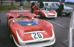 1968 Pacific Raceways, USRRC Kent, paddock, Carl Haas with the Lola T70 Mk.3 nr26 (Scott) 1ft & nr10 (Parsons) 2nd