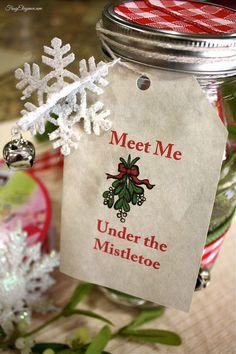Mason Jar Gift: Christmas Kiss Kit