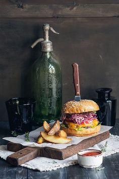 sandwiches Bistro Food, Pub Food, Cafe Food, Food Menu, Food Truck, Burger Bar, Vegan Burgers, Food Places, Lunch Snacks