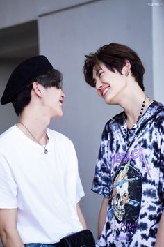 Cute Boys, My Boys, Thailand Wallpaper, Fall In Luv, Chinese Fans, Theory Of Love, Hate Men, Male To Male, Ulzzang Couple