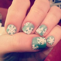 Classic winter nails