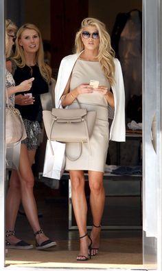 Ünlü kadınların alışveriş modası - Hürriyet Stil