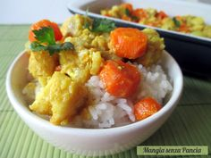 I filetti di pesce al latte di cocco si preparano facilmente anche con il merluzzo o nasello surgelati. Teneri, leggeri e profumati di spezie orientali.