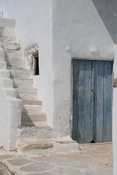 Travel pictures for you, Vacation spots: bahamas pictures at Elskerferie.dk, Bahamas Pictures / Travel pictures for you. Porta Colonial, Summer Aesthetic, Blue Aesthetic, Paros, Mediterranean Style, Greek Islands, Interior And Exterior, Interior Doors, Places To Go
