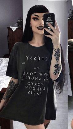 Dark Fashion, Grunge Fashion, Gothic Fashion, Mujeres Tattoo, Estilo Grunge, All Black Looks, Goth Beauty, Grunge Look, Pin Up