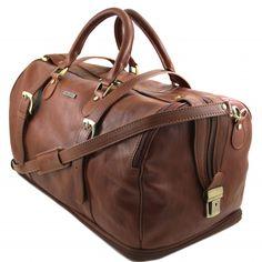 Weekendtas, reistas, Weekender, Schoudertas.Expandable. De tas is gemaakt van mat kalfsleder. -