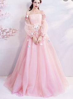 Poofy Prom Dresses, Unique Prom Dresses, Ball Gown Dresses, Party Wear Dresses, Elegant Dresses, Pretty Dresses, Evening Dresses, Pink Dresses, Blush Prom Dress