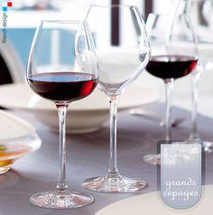 Las líneas de GRANDS CEPAGES permiten el placer de la degustación refinada.  Estas #copas de #Chef&Sommelier están especialmente diseñadas para disfrutar de una amplia variedad de #vinos #tintos y #degustar la riqueza de los #vinos #blancos. Borde fino. #Kwarx advanced material: Resistencia, brillo y pureza. Disponible desde 2,39€/unidad en http://www.tiendacrisol.com/tienda.php?Id=162