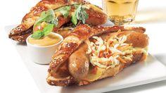 Hot-dogs rémoulade de luxe de Christian Bégin | Recettes IGA | Barbecue, Recette facile, Recette rapide