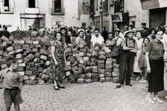 Barricada en el barrio madrileño de La Latina durante la guerra civil.