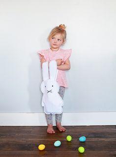 Tote bag o bolsa de conejito DIY >> Miffy Easter Tote DIY #Easter #Pascua
