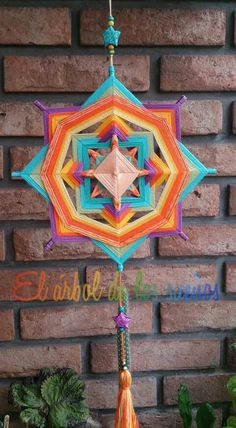God's Eye Craft, Mandala Yarn, Middle School Art Projects, Gods Eye, Art Club, String Art, Decor Crafts, Folk Art, Dream Catcher