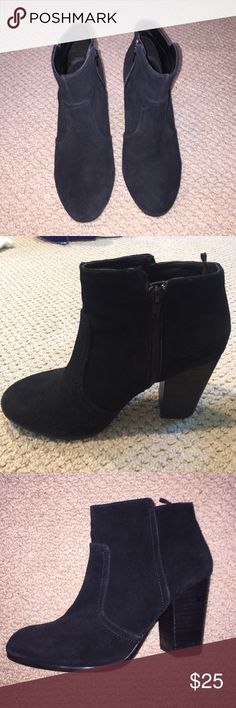 H&M Real Suede booties Never worn real suede booties! Size 8, H&M! Great condition. Super comfortable and great for fall/winter! H&M Shoes Ankle Boots & Booties