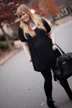 A lil' monochromatic with sparkle at 8 months pregnant on I Heart Heels! #pregnancychic #maternitystyle #wedges