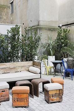 outdoor-stools.jpg   Flickr - Photo Sharing!