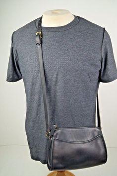 Vintage COACH 321 Black Leather Crossbody Shoulder Messenger Handbag Purse Bag #Coach #ShoulderBag