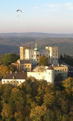 Buchlov castle (South Moravia), Czechia Castle Ruins, Medieval Castle, Beautiful Castles, Beautiful Buildings, Prague, Under The Tuscan Sun, Historical Monuments, Beautiful Places In The World, Places Of Interest