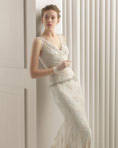 Long crepe wedding dress with guipure overlay. Rosa Clará 2015 Collection.