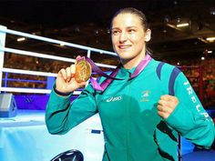 Irish Boxer Katie Taylor and her Olympic GOLD medal! Katie Taylor, Olympic Gold Medals, Olympians, New Technology, London, Irish, Icons, History, Boxing