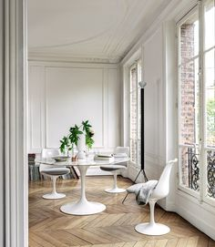 G Dining Room Furniture . G Dining Room Furniture . How to Match Dining Chairs with A Designer Table White Dining Room Sets, Round Dining Room Sets, Dining Room Images, Dining Room Design, Saarinen Tisch, Mesa Saarinen, Saarinen Table, Knoll Table, Table Chaise