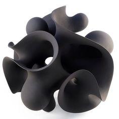Scalptural form by Swedish ceramic artist Eva Hild. #sculptural #swedishceramics #evahild #clay #ceramics #pottery #stonewareclay #ceramic classes  #potterswheel #ceramicart #studiopottery #paperclay #керамикаручнойработы #도자기 #도예 #陶芸 #certaldo #도예 #seramik #керамика #陶器 #cerâmica #alfarería #keramik #ceramica #certaldo #tuscany