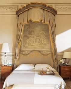 bedroom in the century Tuscan villa owned by Leonardo and Maria Beatrice Ferragamo Designers Francesca Garagnani and Carlo Ludovico Poccianti ft in Elle Decor (April source: athoughtfuleye French Interior, French Decor, Interior Design, Interior Walls, Dream Bedroom, Home Bedroom, Bedroom Decor, Master Bedroom, Bed Crown
