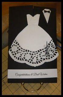Cute wedding card idea! I love a good doily!