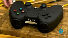 PS4 Torte PlayStation 4 Controller-Torte Sony PS4 cake step by step - An...